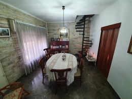 Foto Casa en Venta en  Rosario ,  Santa Fe  Madre Cabrini al 2100