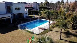 Foto Casa en Venta en  Malibu,  Countries/B.Cerrado (San Vicente)  CASA VENTA :: CANNING : MALIBU