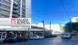 Foto Cochera en Venta | Alquiler en  Olivos,  Vicente Lopez  Sturiza al 500