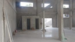 Foto Local en Venta en  San Bernardo Del Tuyu ,  Costa Atlantica  Excelente local de 200 m²