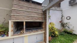 Foto Casa en Venta en  La Plata ,  G.B.A. Zona Sur  Calle 20 69 y 70