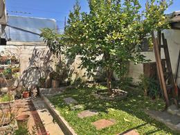 Foto Casa en Venta en  La Blanqueada ,  Montevideo  Casa jardín y fondo, 2 d, garaje