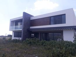 Foto Casa en Venta en  Fraccionamiento El Campanario,  Querétaro  ESTRENA RESIDENCIA EN VENTA EL CAMPANARIO