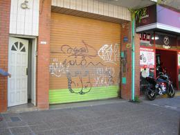 Foto Local en Alquiler en  Esc.-Centro,  Belen De Escobar  Sarmiento 485