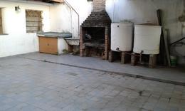 Foto PH en Alquiler en  Valentin Alsina,  Lanus  Viamonte al 3900