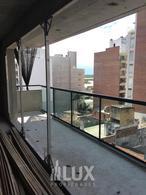 Departamento dos dormitorios con terraza exclusiva - zona Balcarce y Jujuy