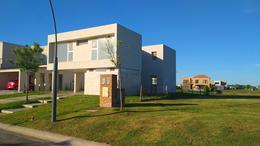 Foto Casa en Venta en  Araucarias,  Puertos del Lago  Puertos, Araucarias al 200