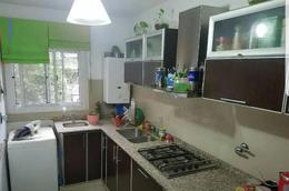 Foto Departamento en Venta en  Rosario,  Rosario  Av Pellegrini 1225 2°
