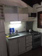 Foto Casa en Venta en  Manuel B Gonnet,  La Plata  12 e al 400