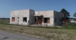 Casa 4 amb a estrenar en B° El Ensueño,  Ing. Maschwitz