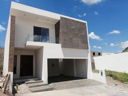 Foto Casa en Venta en  Valdivia II,  Chihuahua  MODERNA CASA EN VENTA EN VALDIVIA CON ACABADOS DE LUJO