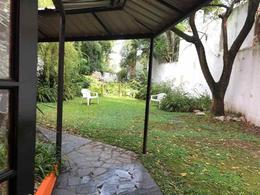 Foto Local en Alquiler en  Bernal,  Quilmes  San Martin  600
