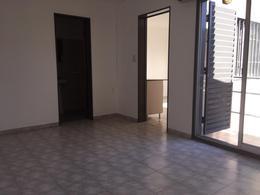 Foto Departamento en Alquiler en  Alberdi,  Cordoba Capital  Garzon Maceda al 400