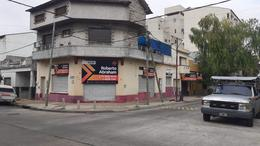 Foto Local en Alquiler en  Valentin Alsina,  Lanús  SENADOR PALLARES 2600