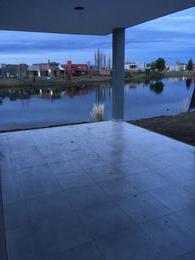 Foto Casa en Venta en  Capital ,  Neuquen  La Peregrina