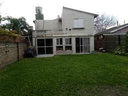 Foto Casa en Venta en  Funes,  Rosario  FUNES BURUCUYA al 1800