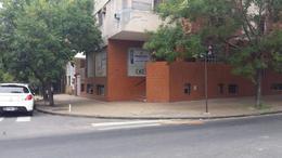 Foto Local en Alquiler en  La Plata ,  G.B.A. Zona Sur  6 esq. 40