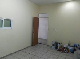 Foto Local en Renta en  La Martinica,  León  Local comercial en renta, sobre Blvd. Francisco Villa, col. El Mirador