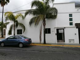 Foto Casa en Renta en  Contry,  Monterrey  Renta de Hermosa Casa Semi-Amueblada Contry La Silla
