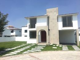 Foto Casa en condominio en Venta en  San Miguel Totocuitlapilco,  Metepec  CASA EN VENTA CONDADO DEL VALLE, METEPEC.