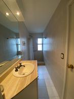 Foto Departamento en Venta en  Playa Mansa,  Punta del Este  Apartamento en venta en primera linea de Playa mansa, 3 dormitorios, 2 baños y cochera en subsuelo.