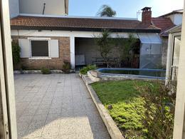 Foto Casa en Venta en  Llavallol,  Lomas De Zamora  Juana Azurduy al 1400