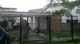 Foto thumbnail Casa en Venta en  Barrio Parque Leloir,  Ituzaingo  DE LA NORIA al 1900