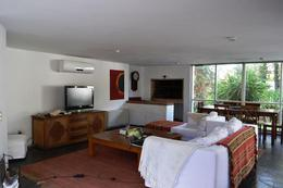 Foto Casa en Venta en  Playa Mansa,  Punta del Este  Hermosa y Acogedora Casa en Playa Mansa