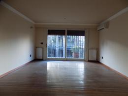 Foto thumbnail Casa en Venta | Alquiler en  Pocitos ,  Montevideo  Cavia y Ellauri próximo. Zona Colegios