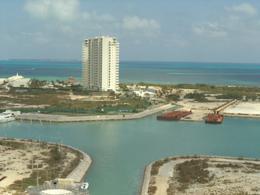 Foto Departamento en Renta en  Cancún Centro,  Cancún  MAIORIS TOWER  EN PUERTO CANCUN