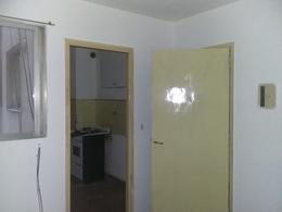 Foto thumbnail Departamento en Alquiler en  Macrocentro,  Rosario  Montevideo al 1000
