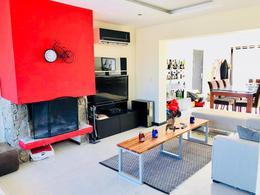 Foto Casa en Alquiler | Venta en  La tahona ,  Canelones  Divina Casa Moderna  en Barrio Privado La Tahona