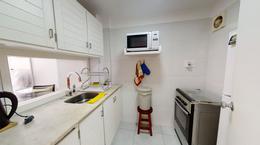 Foto Departamento en Venta en  Península,  Punta del Este  Apartamento totalmente reciclado a metros de Playa del Emir
