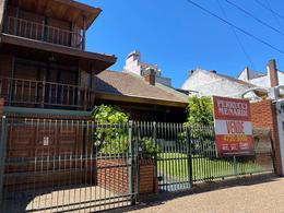Foto Casa en Venta en  General San Martin ,  G.B.A. Zona Norte  Cerrito al 2400