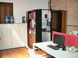 Foto Oficina en Venta en  Monserrat,  Centro (Capital Federal)  Av. Rivadavia al 1200
