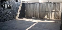 Foto Casa en Venta en  Lomas de Tecamachalco,  Huixquilucan  BAJA PRECIO ! Tecamachalco Fte. del Castillo, casa para remodelar en Venta (VW)