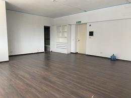 Foto Oficina en Alquiler en  Countries/B.Cerrado (Tigre),  Tigre  Alquiler de oficina frente al Centro Comercial Nordelta