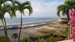 Foto Departamento en Venta en  Punta Blanca ,  Santa Elena     Vendo Departamento Punta Blanca  Frente al  Mar