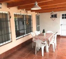 Foto Casa en Venta en  Fisherton,  Rosario  Gabetta  8400
