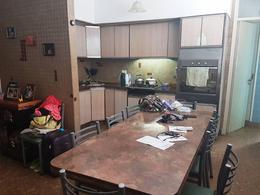 Foto Casa en Venta en  La Plata,  La Plata  8 Nº 1417