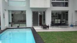 Foto thumbnail Casa en Alquiler en  Villanueva,  Countries/B.Cerrado  Av. Italia al 5000