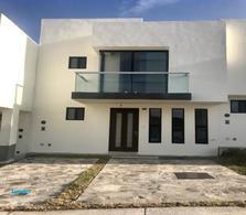 Foto Casa en Renta en  Fraccionamiento Zibatá,  El Marqués  CASA EN RENTA CON 3 RECAMARAS EN ZIBATÁ EL MARQUÉS QUERETARO