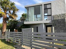 Foto Casa en Venta | Alquiler temporario en  José Ignacio ,  Maldonado  Maria Bonita