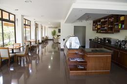 Foto Departamento en Renta en  Santa Ana ,  San José  Santa Ana/ Amueblado/ Jardín/ Piscina
