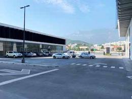 Foto Local en Renta en  Monterrey ,  Nuevo León  Local Comercial en Renta, Carretera Nacional Monterrey, Quadra Towers