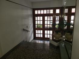 Foto Departamento en Alquiler en  Macrocentro,  Rosario  URQUIZA  al 1800
