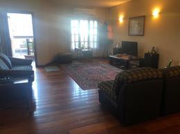 Foto Casa en Venta en  Coghlan ,  Capital Federal  washington 2842 uf 1
