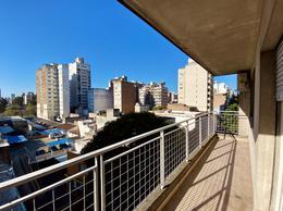 Foto Departamento en Venta en  Centro,  Rosario  3 DORMITORIOS + COMODIN Paraguay al 1000