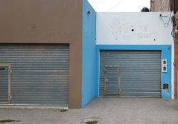 Foto Local en Venta en  Alberdi,  Rosario  Baigorria al 1600