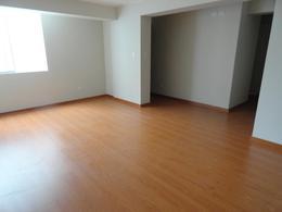 Foto Departamento en Alquiler en  Surquillo,  Lima  Avenida Sergio Bernales